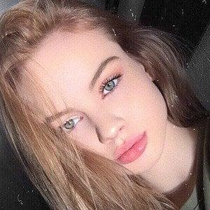 Liora Lapointe 7 of 10