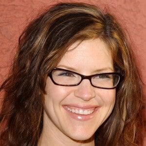 Lisa Loeb 6 of 10