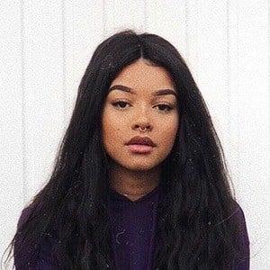 Lisa Onuoha 2 of 6