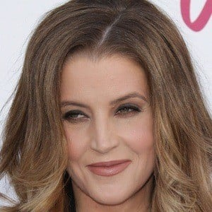 Lisa Marie Presley 2 of 9