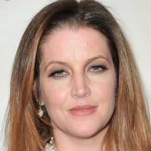 Lisa Marie Presley 3 of 9