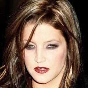 Lisa Marie Presley 7 of 9