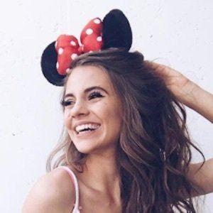 Lisa Marie Schiffner Headshot 5 of 10
