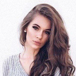 Lisa Marie Schiffner 6 of 10