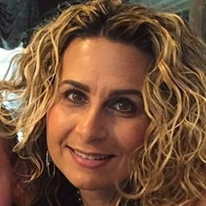 Lisa Valastro 5 of 6