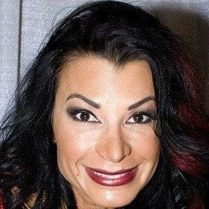 Lisa Marie Varon 3 of 3