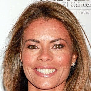 Lisa Vidal 2 of 10