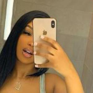 Liyah Mai Headshot 7 of 10