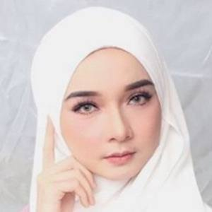 Liyana Bakarudin 5 of 10