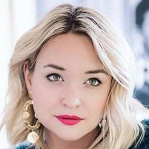 Liz Cherkasova 5 of 6