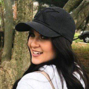Liza Adele Headshot 6 of 10