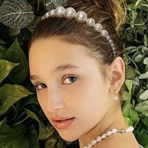 Liza Anokhina Headshot 3 of 10