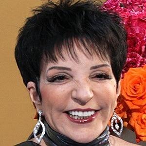 Liza Minnelli 7 of 10