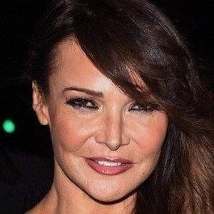 Lizzie Cundy 4 of 5