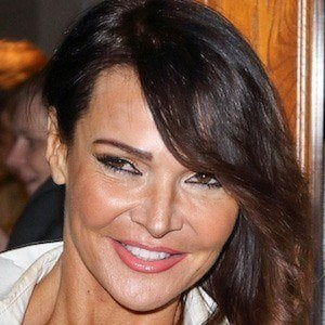 Lizzie Cundy 5 of 5