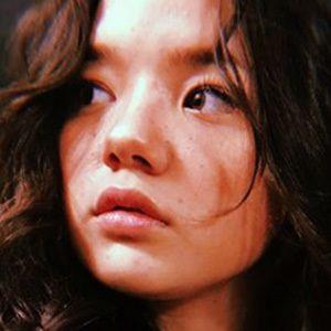 Lizzy Yu 3 of 4