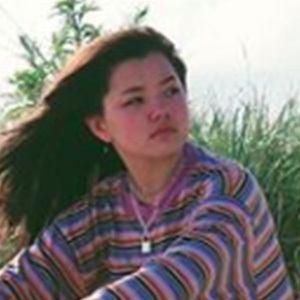 Lizzy Yu 4 of 4