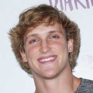 Logan Paul 8 of 10