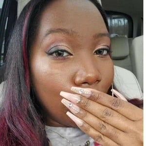 LongHairPrettyNails 7 of 10
