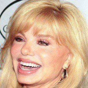 Loni Anderson 4 of 9
