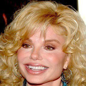 Loni Anderson 8 of 9