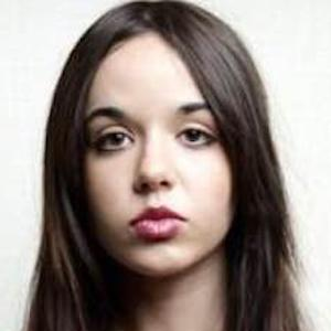 Lorelei Linklater 2 of 5