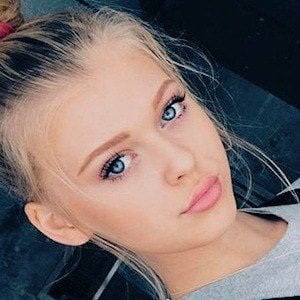 Loren Gray 2 of 10
