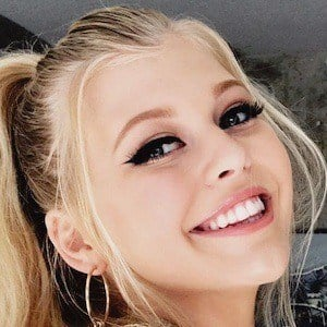 Loren Gray 3 of 10