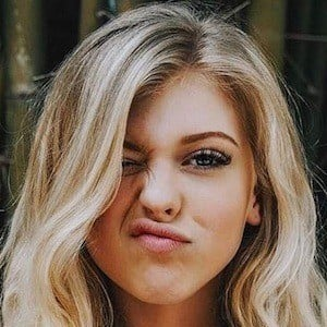 Loren Gray 7 of 10