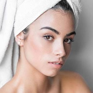 Loren Izabel Headshot 4 of 5