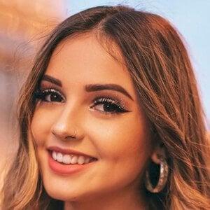 Lorena Fernández 9 of 10