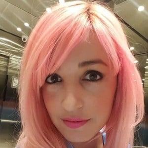 Lorena Miki 2 of 6