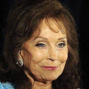 Loretta Lynn Bio Facts Family Famous Birthdays