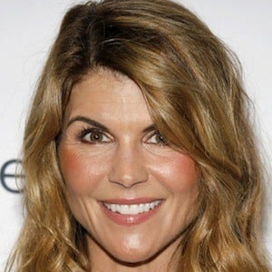 Lori Loughlin 9 of 10
