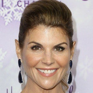 Lori Loughlin 10 of 10