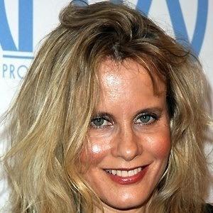 Lori Singer 3 of 5