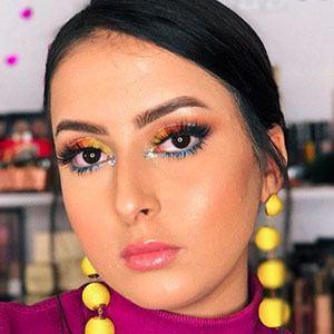 Loubna Nabih 2 of 6