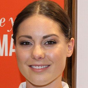 Louise Thompson 4 of 5