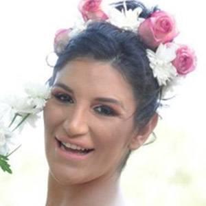 Luana Chamorro 3 of 5