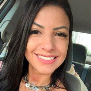 Luana Cordeiro 2 of 5