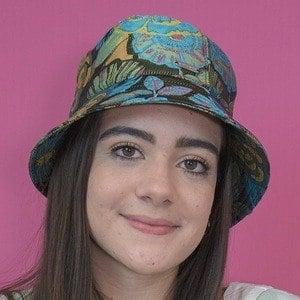 Luann Díez 4 of 6