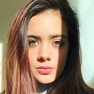 Luann Díez 5 of 6