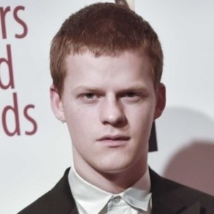Lucas Hedges 3 of 5