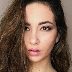 Lucía Leguina 2 of 6