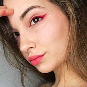 Lucía Leguina 4 of 6