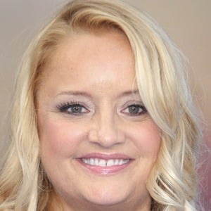 Lucy Davis 6 of 8