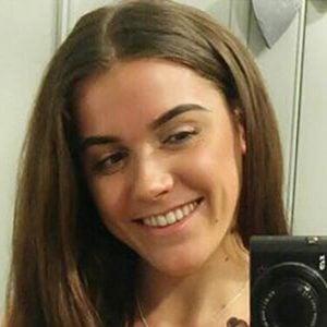 Lucy Davis 2 of 6
