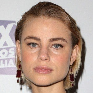 Lucy Fry 3 of 10