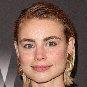Lucy Fry 5 of 10