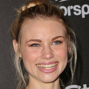 Lucy Fry 6 of 10